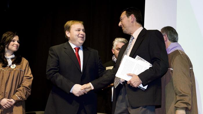 Pasqual Molina,premi iaraní, Alfons el Vell