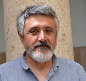 Professor del Departament de sociologia i antropologia social de la Universitat de València. Doctor en filosofia, ciències de l'educació i sociologia.