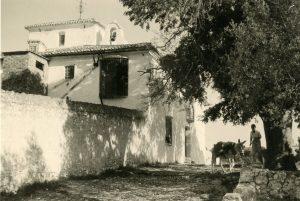 1_2 Vista parcial de l'ermita i la Costa, ca 1960 (Bca. MuVIM. Arxiu A. Roig)