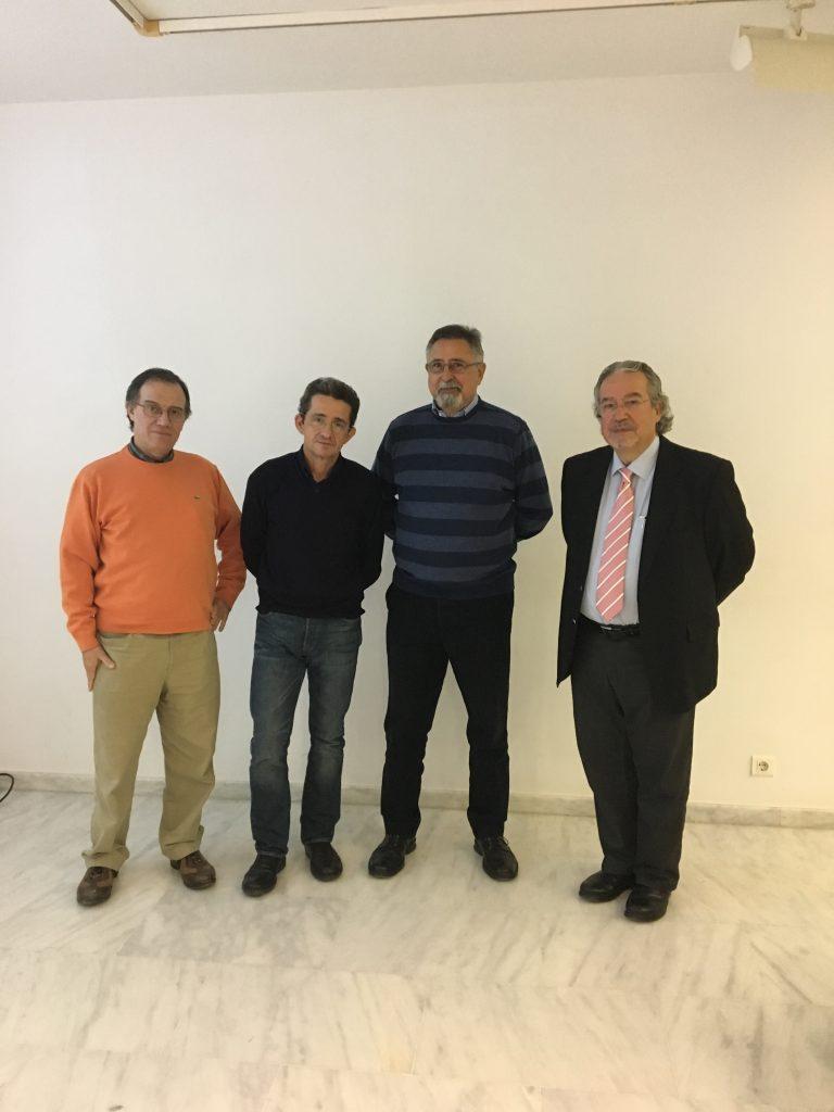 El Dr.Tornero amb Enric Marco i Ximo Grau coordinadors del Cicle de Conferenciants I Pasqual Molina que va presentar l'acte.