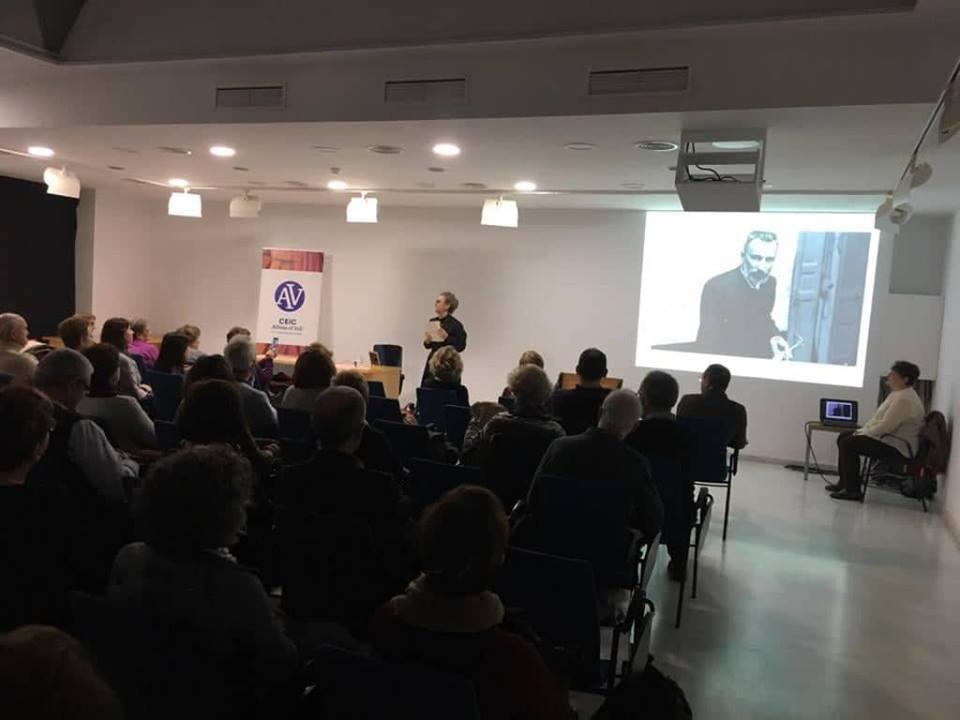 Conferència de Adela Muñoz Páez en Gandia